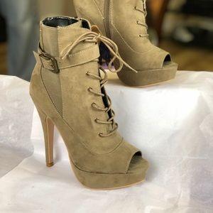 """Women's gray heel booties """"NEVER WORN"""""""